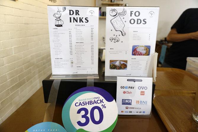Daftar harga dan menu di Paperplane Coffee Jogja