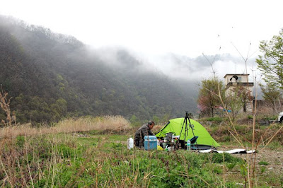 Barang-bawaan-wajib-saat-camping