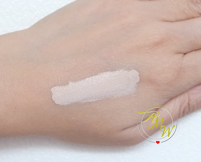 a swatch photo of Benefit's Boi-ing Cakeless Concealer Review by Nikki Tiu of askmewhats.com