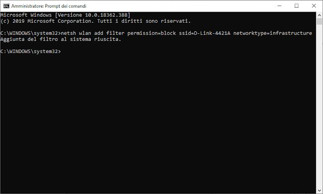 Prompt dei comandi Windows 10 con comando per bloccare rete WiFi aperta