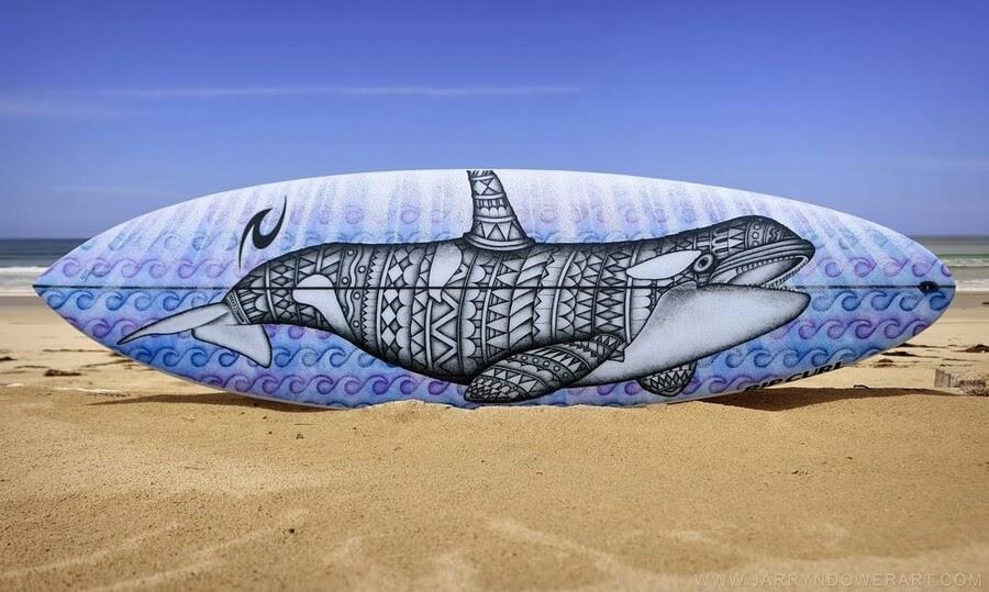 06-Zentangle-orca-whale-Surfboard-Jarryn-Dower-www-designstack-co