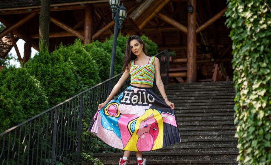 TaniaLovin Model GlamourCams