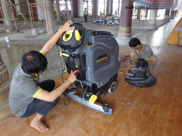 Có nên tự sửa máy chà sàn công nghiệp hay không?