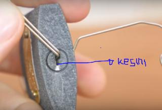 membuka gembok tanpa kunci