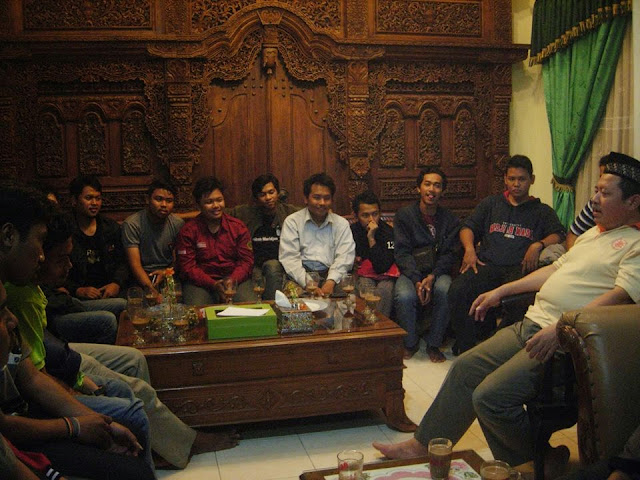 Silaturahmi Alumni Hijau Hitam : Kanda Dr. Senawi - Geografi Rasa Rimba