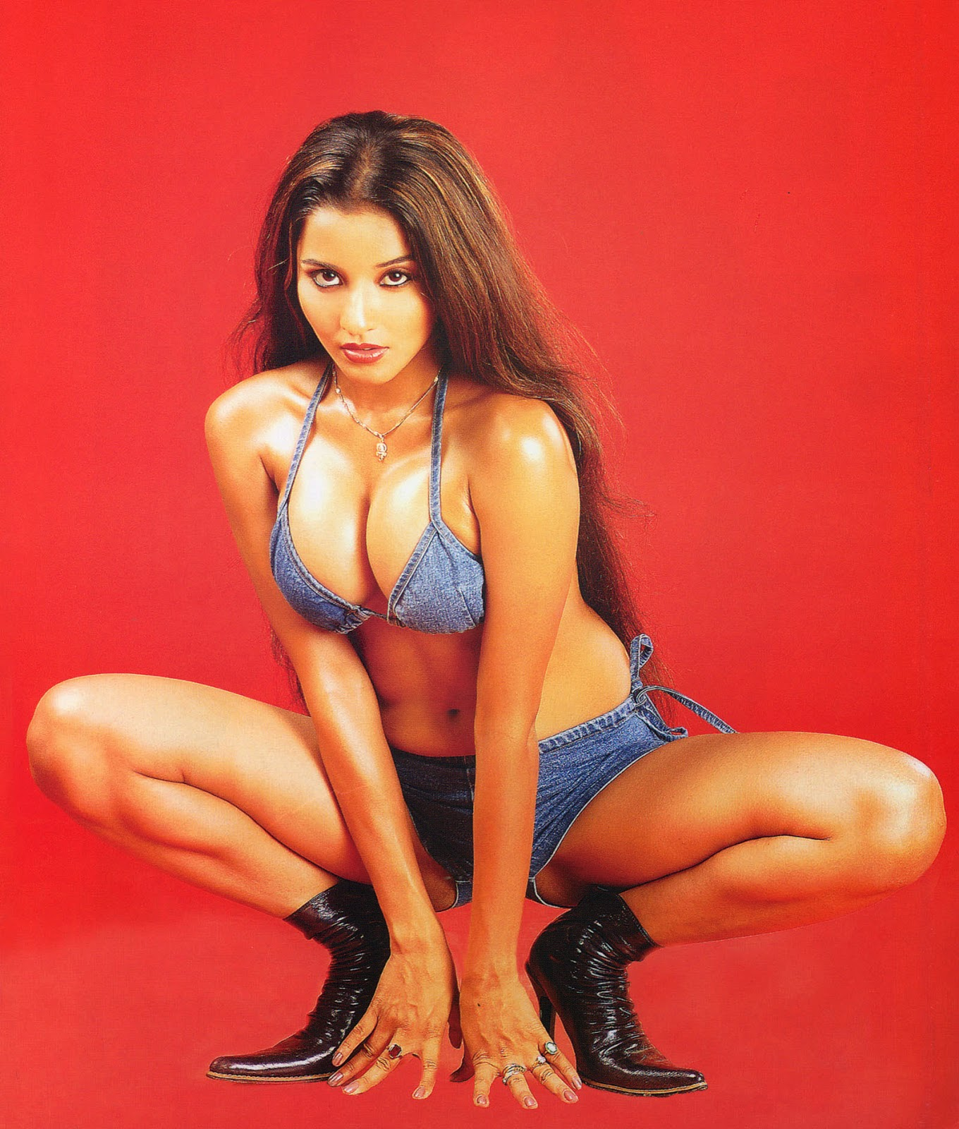 Mona Lisa  Bollywood Hd Hot Photos Gallery-6859
