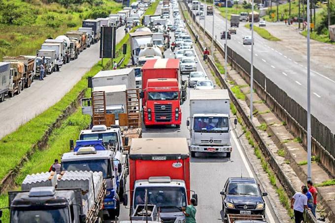 CNTA e Abrava reforçam posição contrária à greve dos caminhoneiros