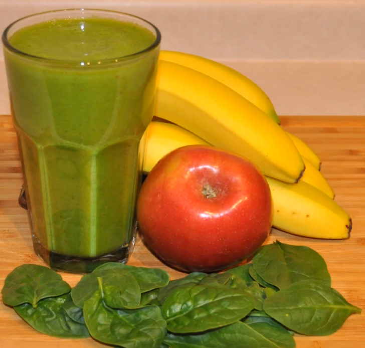 Spinach apple banana smoothie
