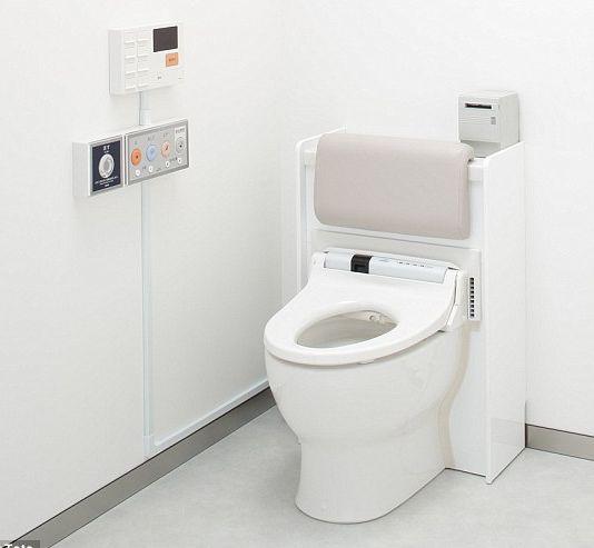 Nhà vệ sinh thông minh Toto biết bạn đang bị bệnh năm 2018