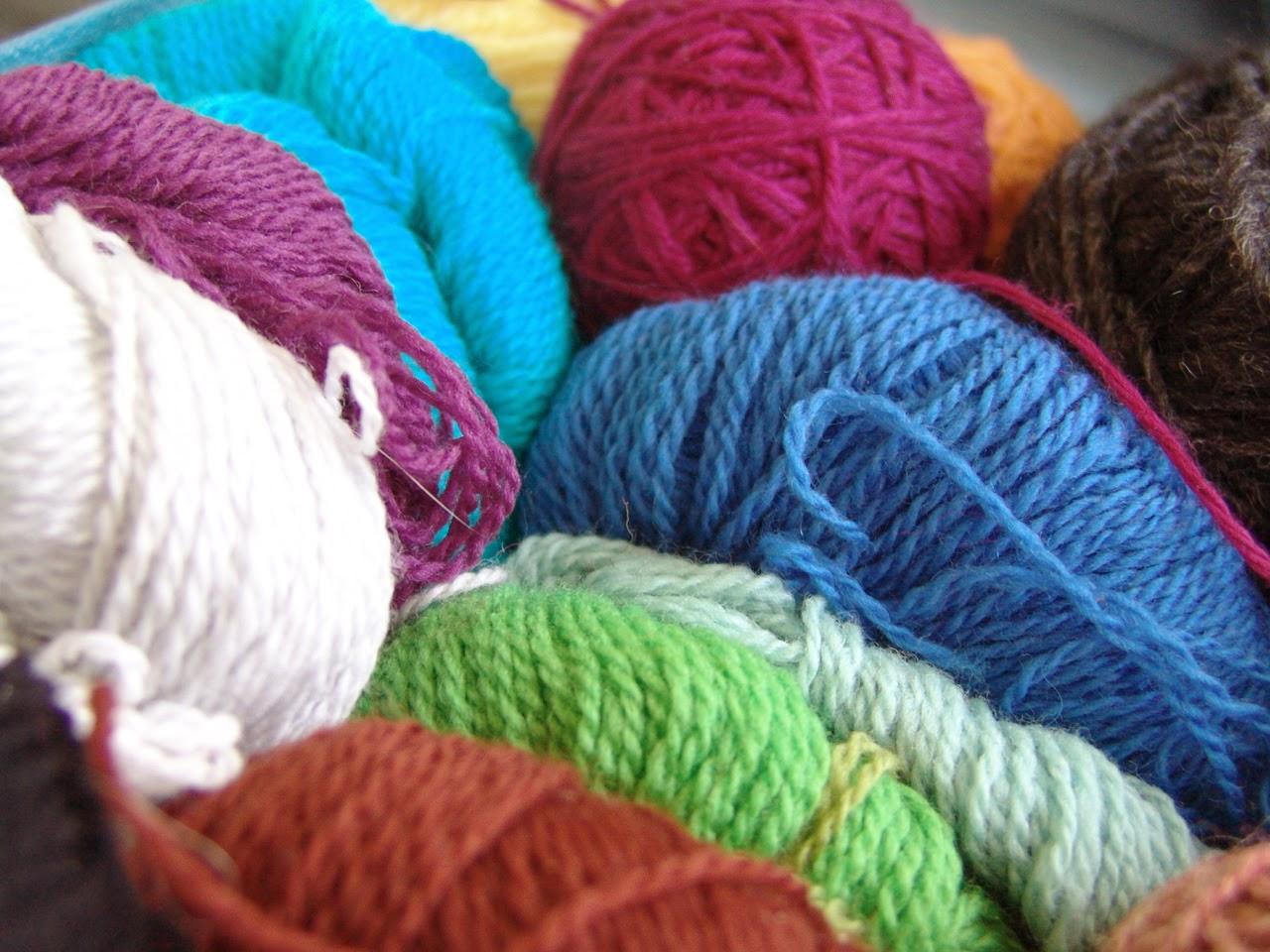 apprendre tricoter choisir son fil. Black Bedroom Furniture Sets. Home Design Ideas