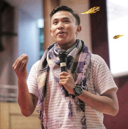 zagat Media Sosial ramai memperbincangkan kejadian yang sedang berlangsung di Indonesia k Profil Muhammad Atiatul Muqtadir - Ketua BEM UGM