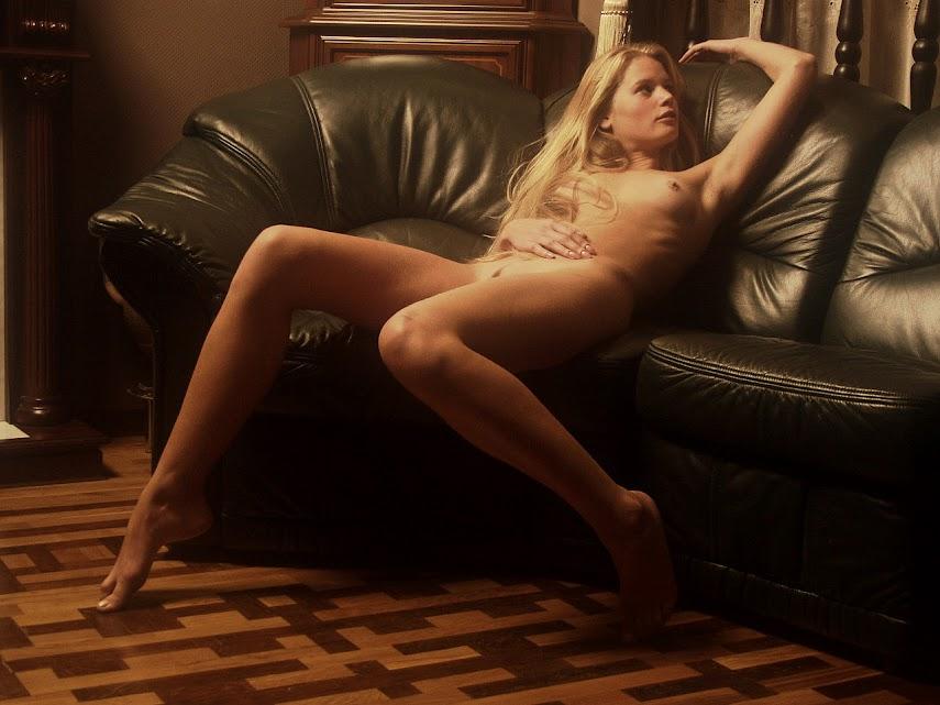 Met-Art 20040527 - Koika - The Power Of Seduction - by Slastyonoff 20040527_-_Andrea_C_-_Legend_-_by_Voronin.zip.MET-ART_AF_163_0017