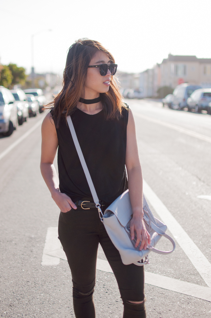 Casual San Francisco California Summer Outfit Everlane Muscle Tee Ripped Knee RTA Prince Jeans Choker Outfit Phillip Lim Pashli