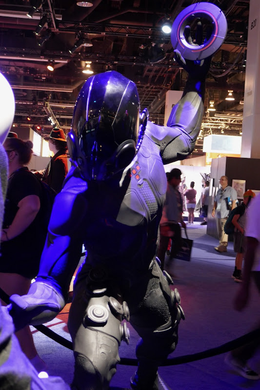Tron Legacy Black Guard costume