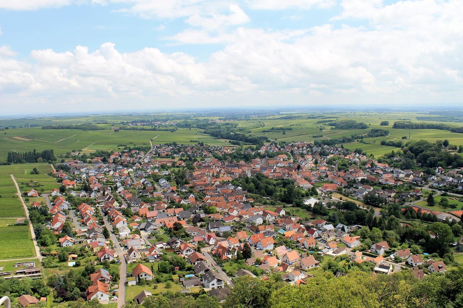 NIMSAJ: Wandern in der Pfalz: Burgruine Madenburg & Burg Landeck mit ...