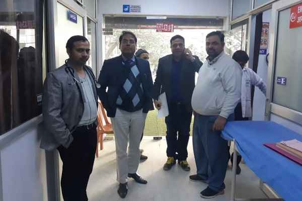 mod-ayushman-team-from-panchkula-visit-arsh-hospital-faridabad-sector-78