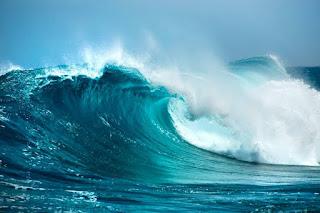 Gelombang Tinggi Ancam Perairan Jawa Tengah Jelang Tahun Baru
