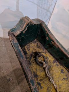 Ecuadorian cholo pescador plank canoe - bow detail