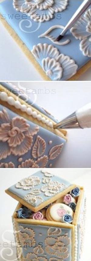 Brush Embroidery Cookie Box. Sweet Ambs menyediakan resep  yang lengkap dengan foto tutorial pembuatan cookie box ini.