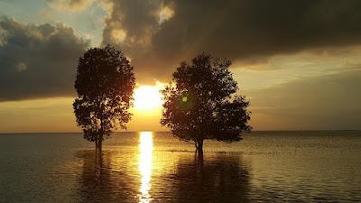 Sunset Pantai Melayu Barelang Batam