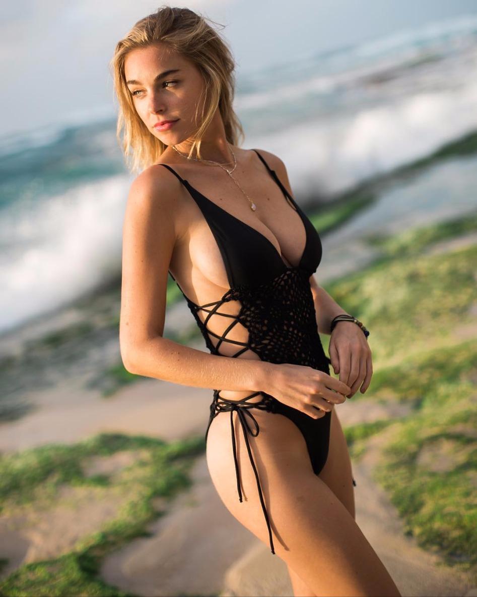 모델 엘리자베스 터너 - 꾸르