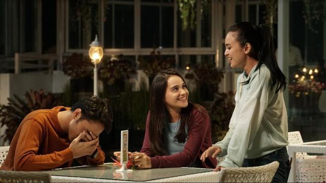 Vidio Original Series: Heart bertemakan cinta dan persahabatan.