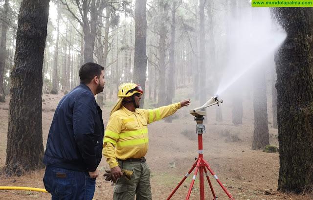 Medio Ambiente realiza pruebas en la red contraincendios del Refugio del Pilar