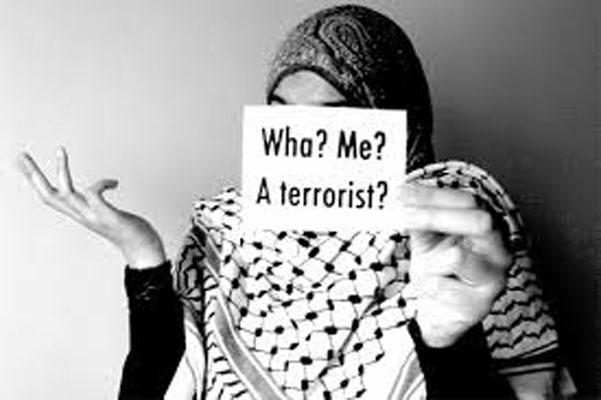 https://1.bp.blogspot.com/-zZl1xu2TyHY/V8FdYGOC8_I/AAAAAAABKDc/FVYKfd-ZK_sP8Uq4h0soQrRfEEg28KV5QCLcB/s1600/tolak-buka-jilbab-muslimah-jerman-ini-dipecat-dari-pekerjaannya.jpg