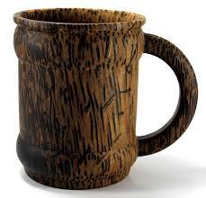 Diseño de taza de madera rústico