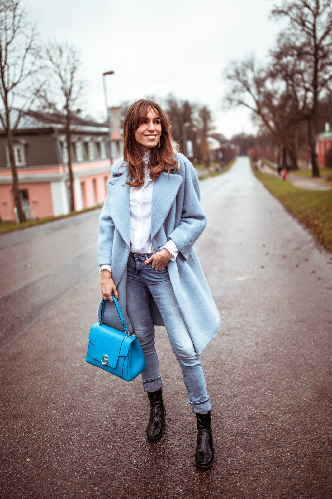 blue coat white shirt jeans fall outfit