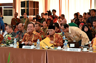 Gubernur Jambi Usulkan Bungo Sebagai Pusat Logistik Mitigasi Bencana Sumatera
