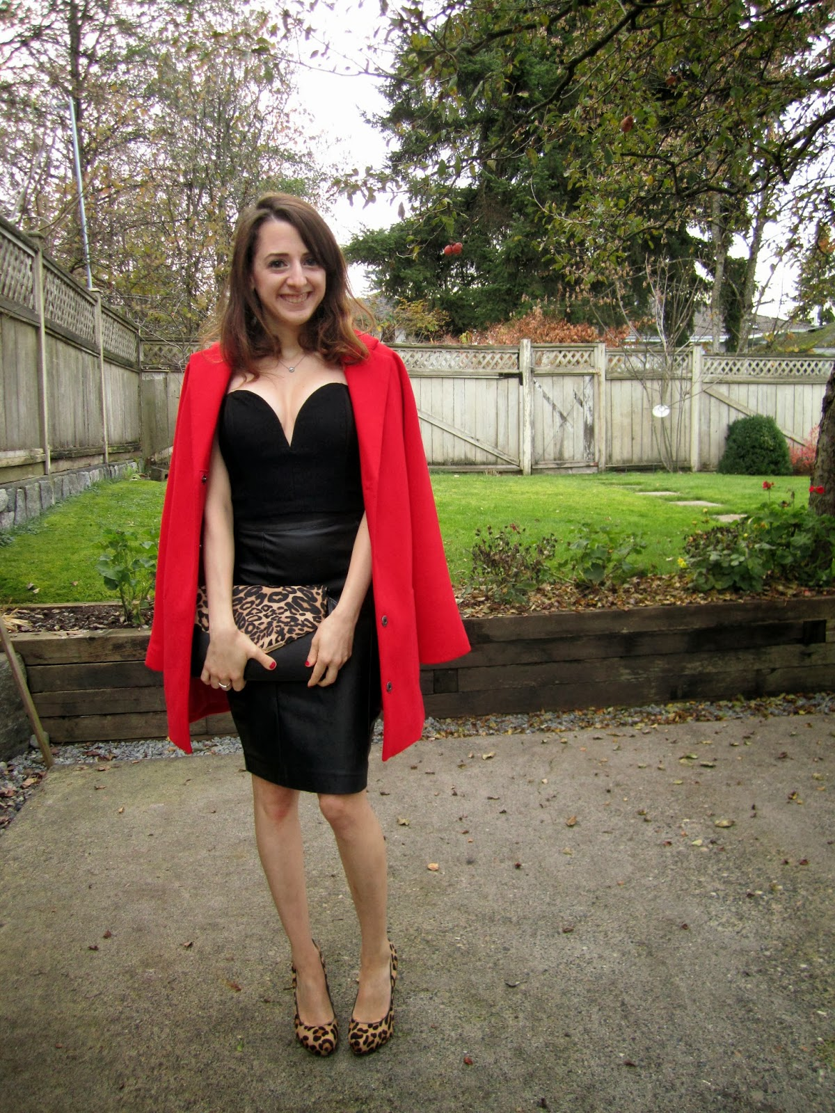 StyleLove, red alert, fall, outfits, topshop, nasty gals, aldo, le chateau. style, how to wear a red jacket