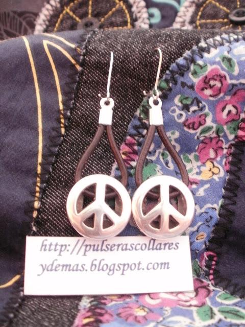 pendientes simbolo de la paz
