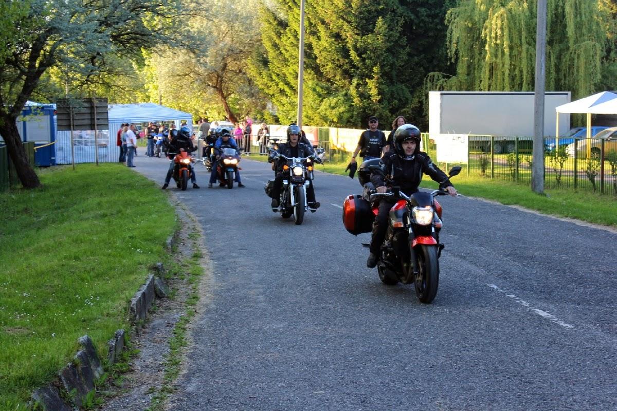 f4beeb38037c Mocisblog - a motoros blog: 250. Motoros találkozó Győrújbarát 2014