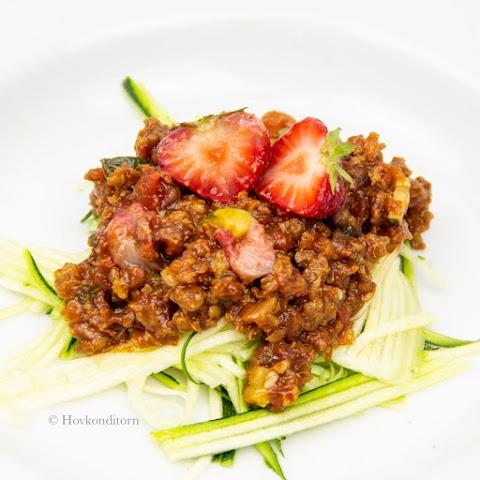 Vegan Strawberry Bolognese