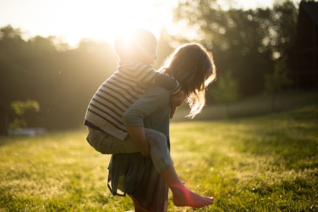 MODERNO RODITELJSTVO ĆE PROIZVESTI GENERACIJU SEBIČNE I NEKULTURNE DJECE