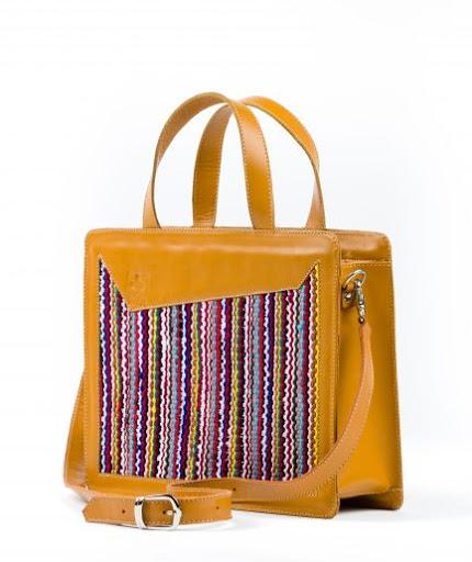 """إدير IDYR """"  ماركة تجارية أمازيغية جديد  بروح الصناعة التقليدية حقائب جلدية"""