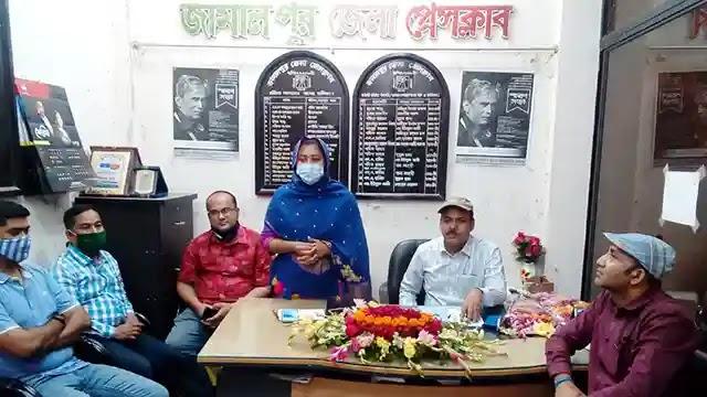 জামালপুর জেলা প্রেসক্লাবে সদর উপজেলা নির্বাহী কর্মকর্তার চা চক্র