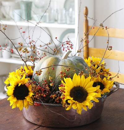fall centerpiece with sunflowers