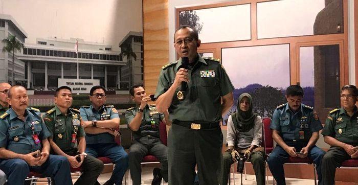DPR-RI, Usulkan Gaji TNI Dinaikkan