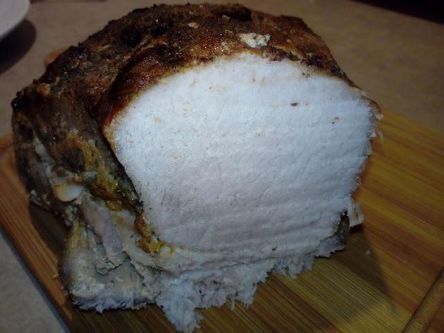 szynka pieczona w mleku szynka z piekarnika szynka pieczona w piekarniku domowa wedlina na kanapki soczysta krucha miekka szynka pieczona