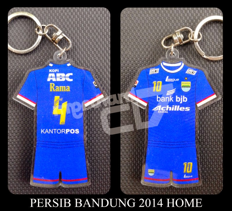 Gantungan Kunci Jersey Akrilik Persib Bandung 2014 Home - Gantungan ... cd5a8a809e