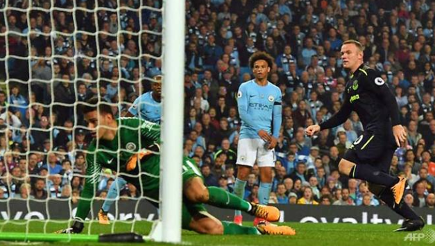 Sterling rescue act spares 10-man Man City