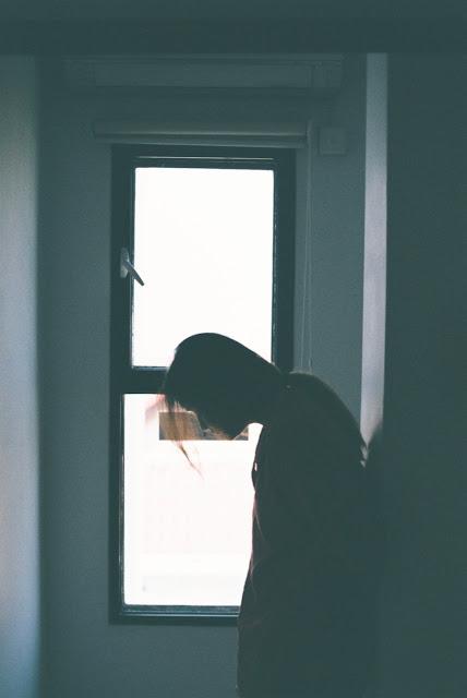 Hình ảnh buồn khóc, hình ảnh buồn khóc tâm trạng vì tình yêu