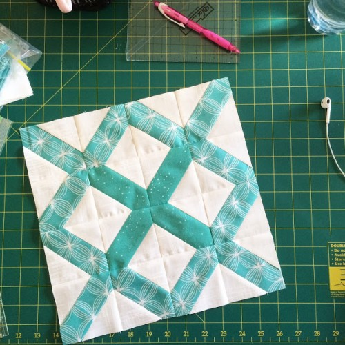 The Lattice Block - Quilting Tutorial