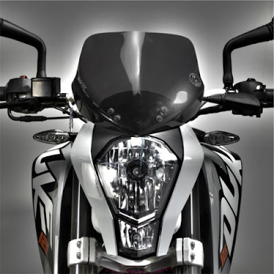 KTM 200 Duke front headlight