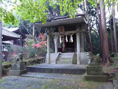 御机神社・末社 水神社