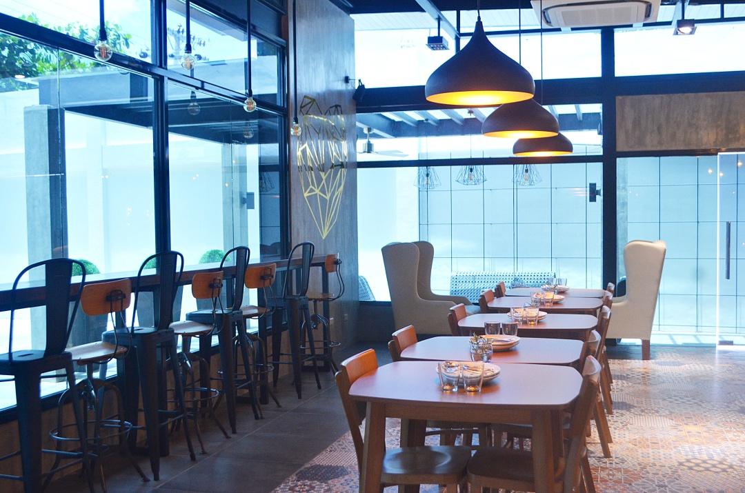 SMOQUE-BOHOL-CAFE-CEBU-BLOGGER-ALMOSTABLOGGER.jpg