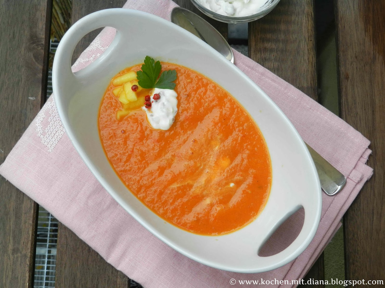 Tomaten Mango Suppe