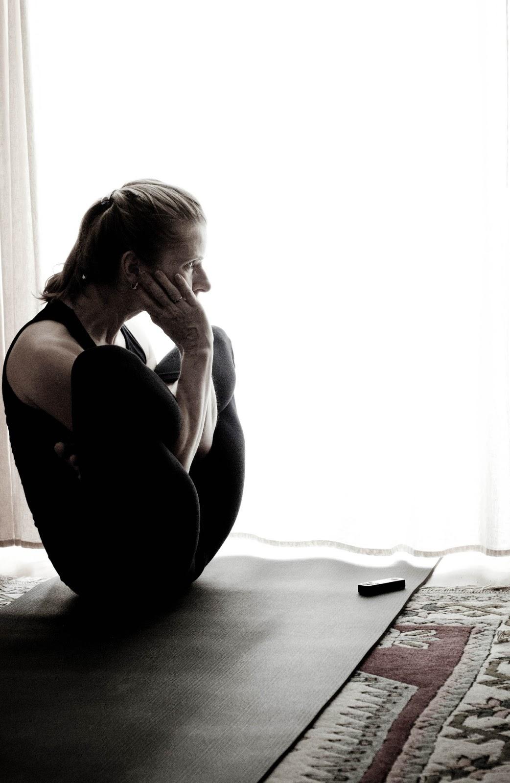 Ashtanga yoga yoga nidrasana front curl knotfront bending part 2 - 4 8